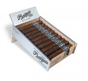 Partagas1845_ExtraFuerte_OpenBox - SMALL